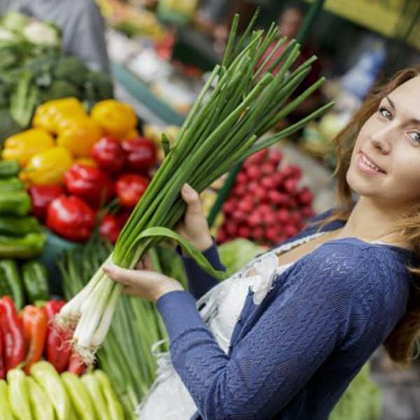 4 TIPS FOR SAFER FOOD SHOPPING